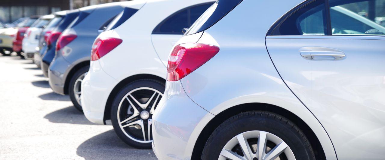 Na czym polega skup aut?