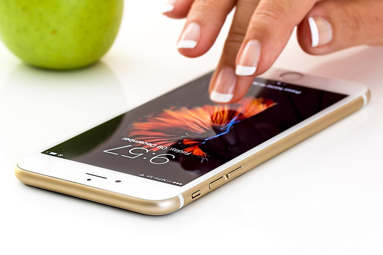 Najpopularniejsze akcesoria ochronne do smartfona. Co wybrać?