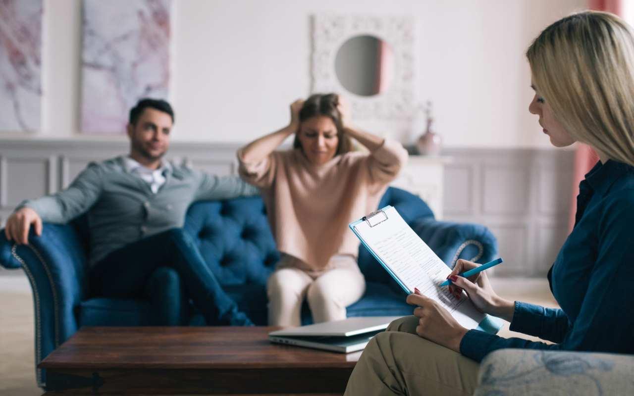 Dlaczego warto korzystać z terapii psychologicznej?