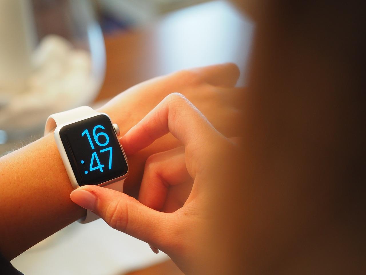 Funkcje nowoczesnych zegarków dla sportowców