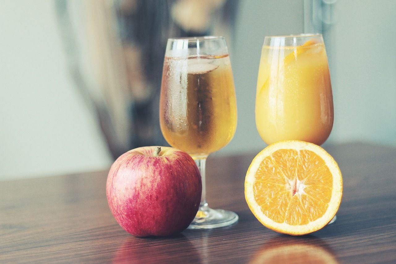 Orzeźwiające napoje, które łatwo zrobić w domu