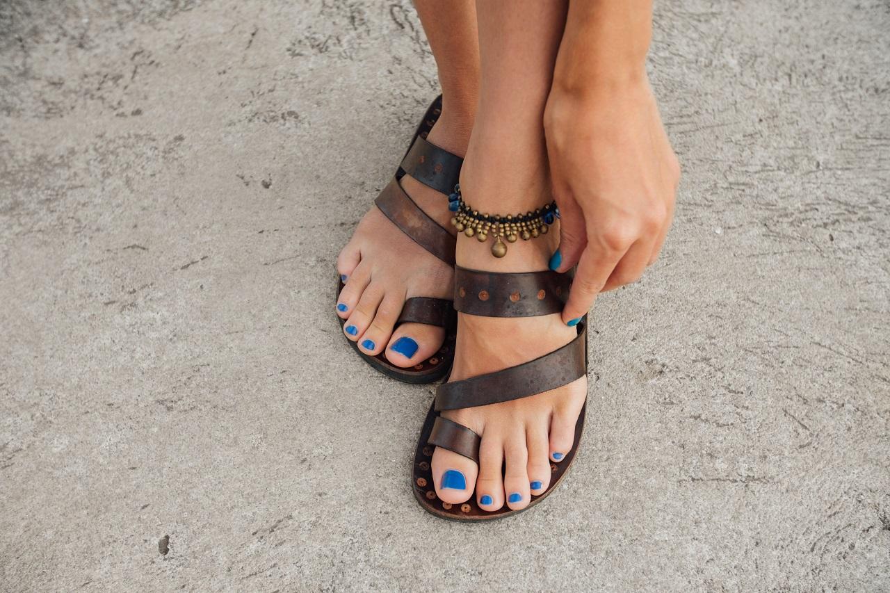 Jakie obuwie spakować na wakacje?