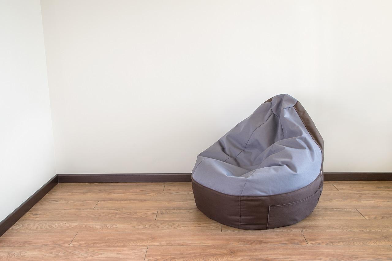 Pufy do siedzenia – jak utrzymać je długo w dobrym stanie?