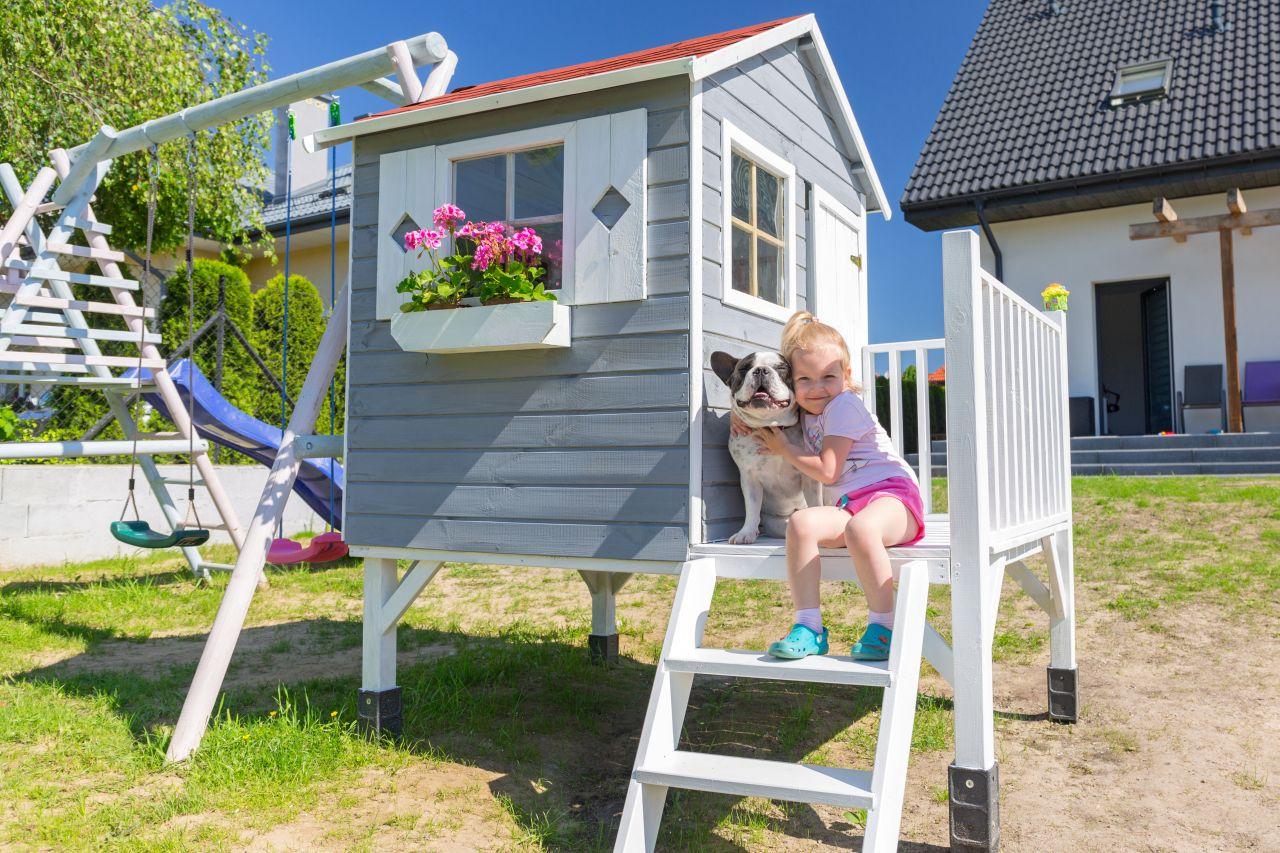 Aranżacja przestrzeni ogrodu – udogodnienia dla dzieci i dorosłych