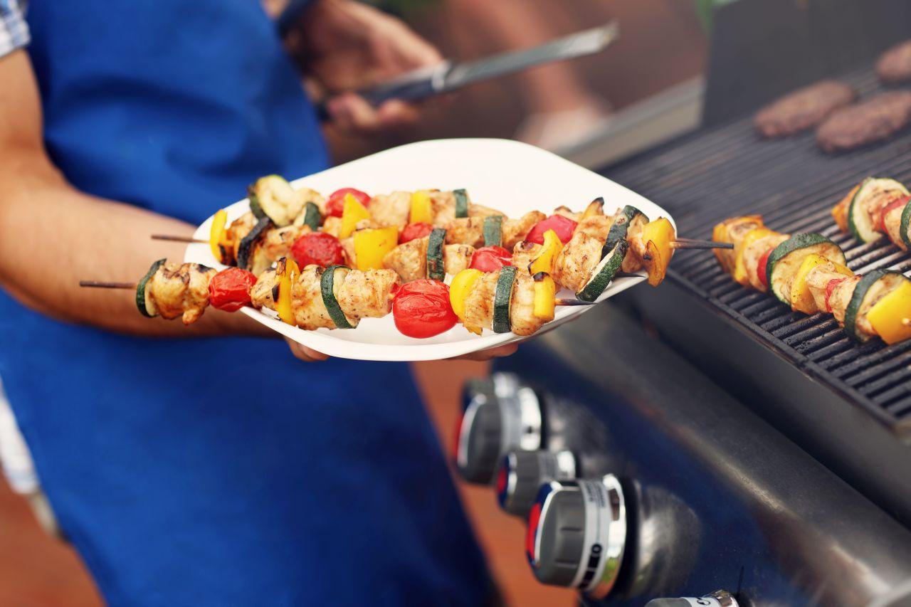 Jakie produkty można stosować do grilla, nie wliczając mięsa?