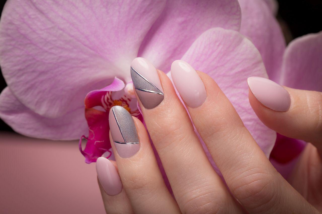 Kosmetyki, dzięki którym Twoje paznokcie będe mocne i zadbane