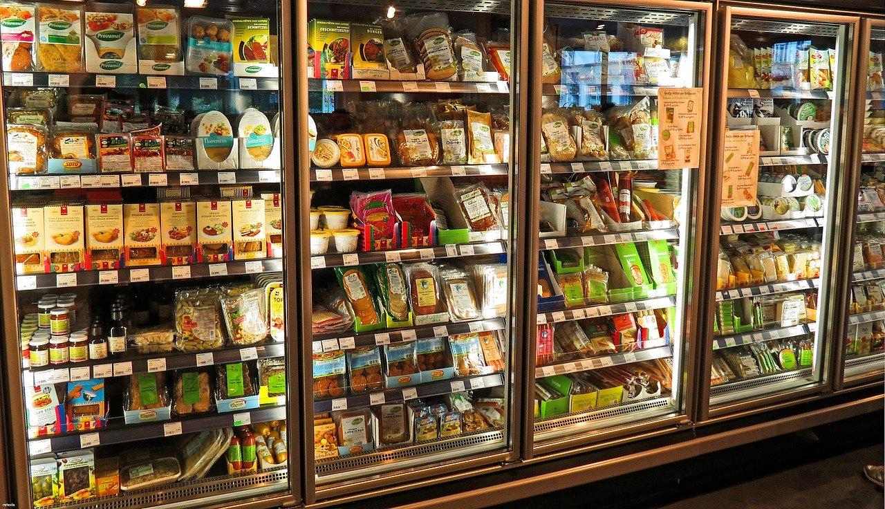 W jaki sposób oznaczane są produkty i towary sprzedawane na sklepie?